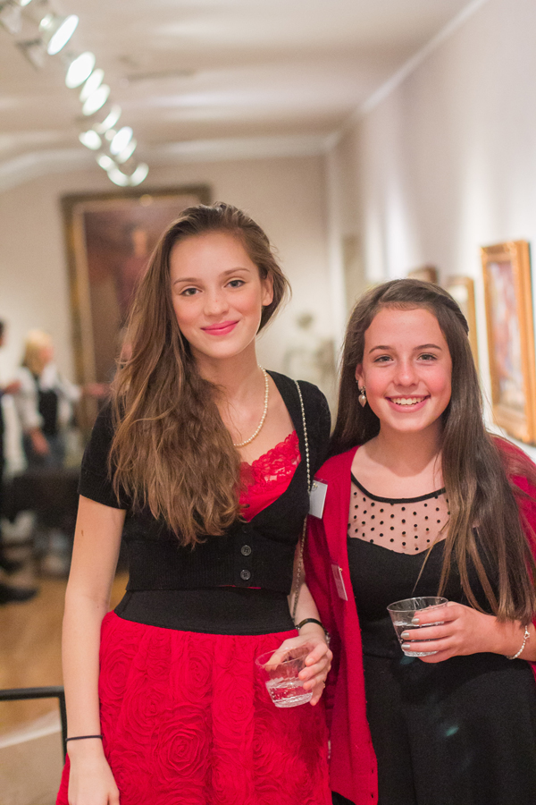 MAC Volunteers Isabella Nowakowski (left) and Maggie Adams (right).